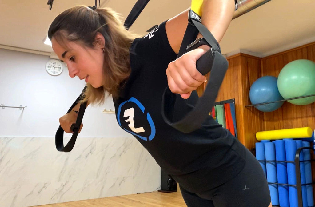 rutina d'exercicis per entrenar tot el cos en suspensió