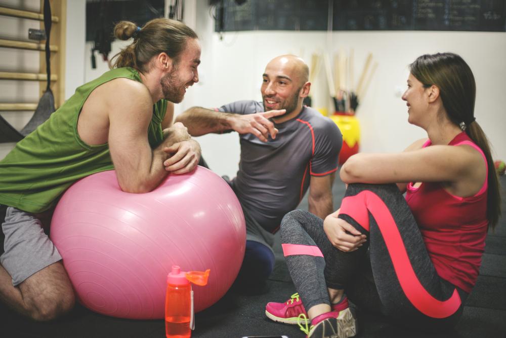 parlar-mentre-entrenes-zona-fitness-lleida
